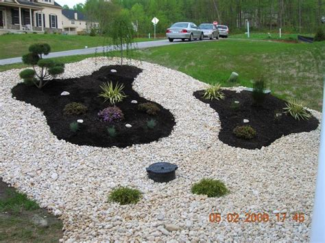 Rock Garden Beds Andrew Vilcheck Flower Beds Rock Gardens And Planting I The Look Of Both Mulch And