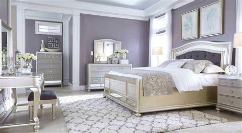 warna cat rumah silver