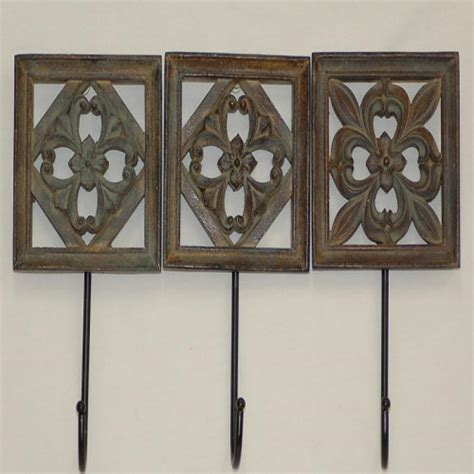Decorative Wall Hooks by Exles Of Using Decorative Wall Hooks To Inspire You A