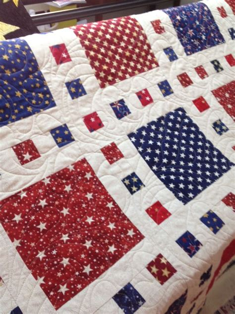 Patriotic Quilt Pattern by Best 25 Patriotic Quilts Ideas On Quilting
