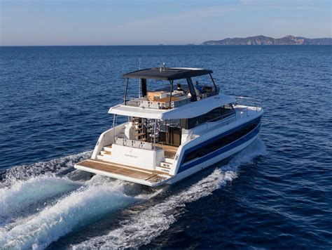 motorboat of the year 2018 oscars of the yachting industry awarded at 2018 boot