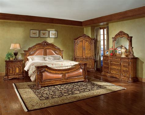 Bedroom Furniture Classic Appealing Desaign Ideas For Traditional Bedroom Decor With Best Bed Inside Big Cupboard Near