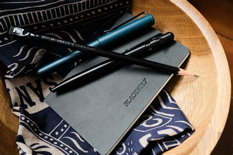 Snag A Clap Clutch Review by Blackwing Clutch Pocket Notebook Review Edjelley