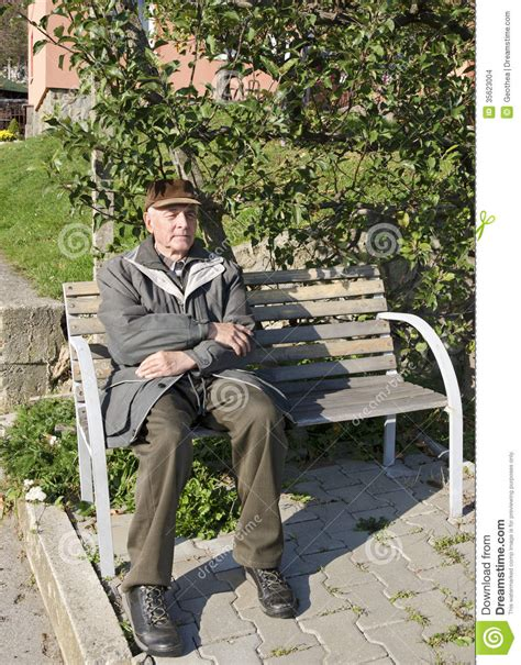 man on the bench the senior man on the bench stock images image 35623004