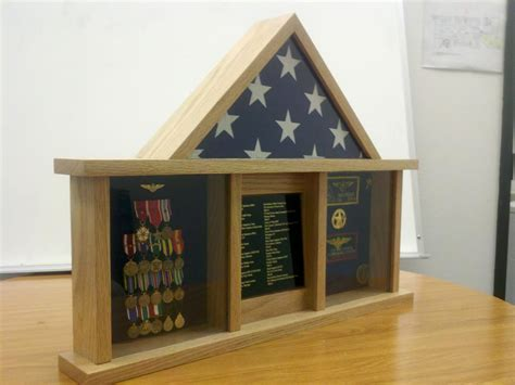 bench wood  woodworking plans  military shadow box