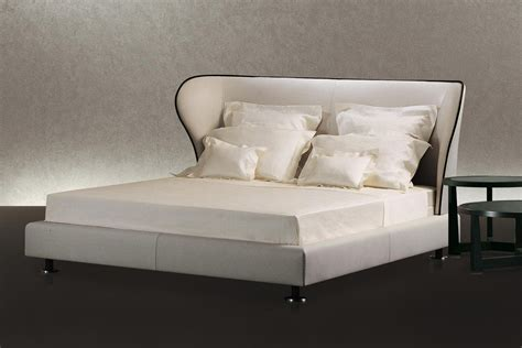 space bed rea bed by chi wing lo for giorgetti space furniture