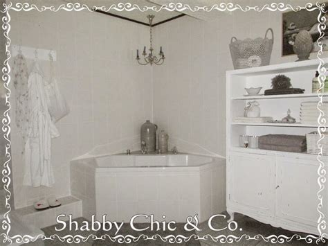 Shabby Badezimmer by Visual Distraction Clutter Shabby Chic Overdone Poor Bad