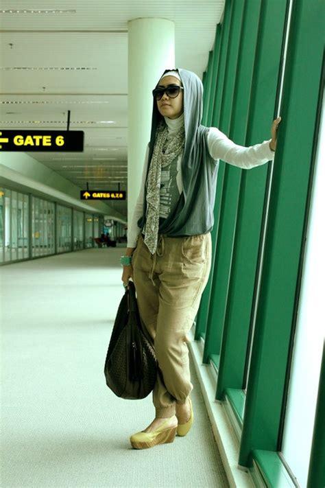 busana travelling muslimah tutorial pashmina  anita scarf