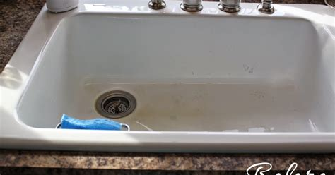 How To Clean White Porcelain Kitchen Sink Circle And How To Clean A Porcelain Sink