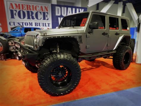 Lifted Jeeps Lifted Jeep With Tough Looking Wheels And Tires Sweet