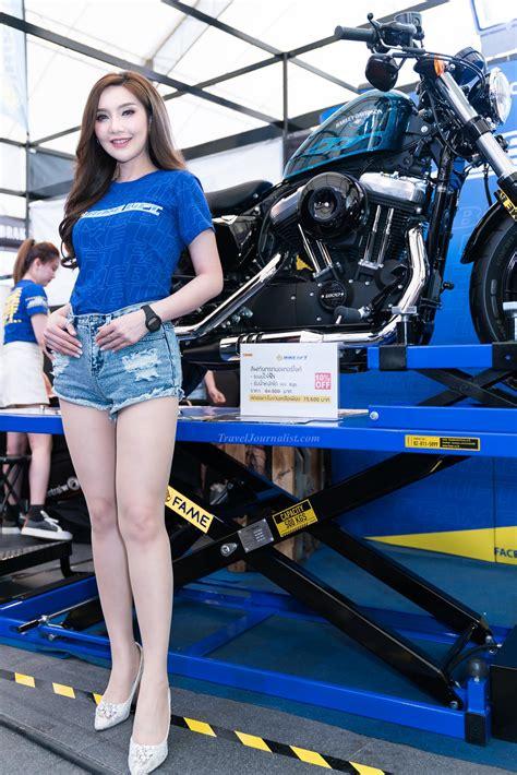 pretty girls  bangkok motorbike festival   thailand traveljournalistcom