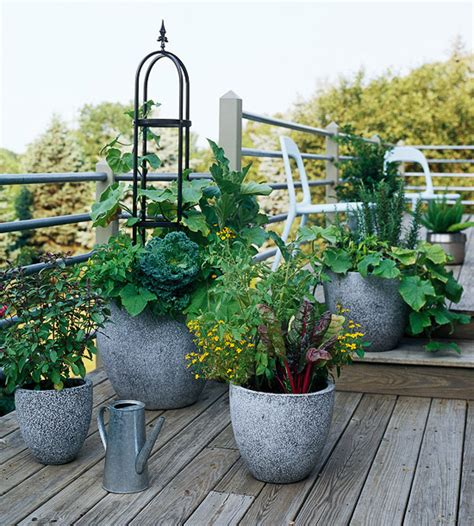 D I Y Garden Decoration Ideas by Creative Garden Design Garden Decoration Ideas On A Budget