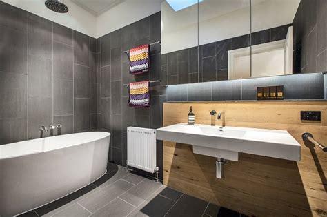 piastrelle grigie bagno bagni design pronti a sognare con composizioni mozzafiato