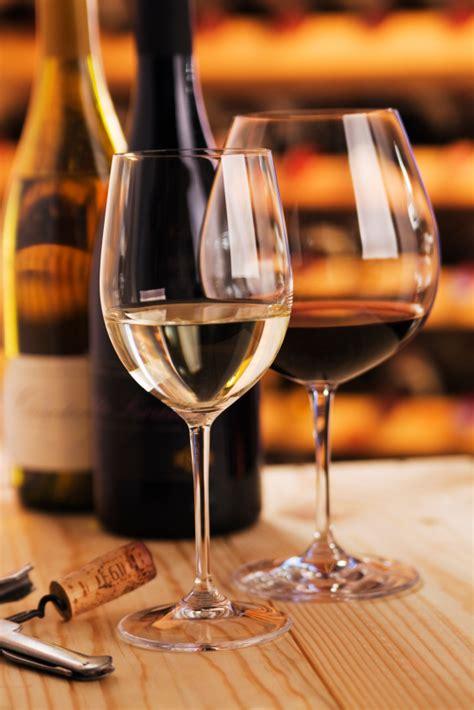 bicchieri da vino bianco e rosso vino e mal di testa tutta la verit 224 cucina