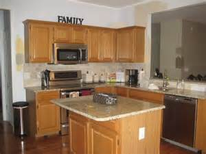 kitchen paint colors with honey oak cabinets new venetian gold granite counters for the home