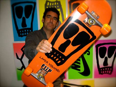 Mainan Anak Skateboard Mini Atau Fingerboard fingerboard skateboard mini menggunakan 2 jari slavester