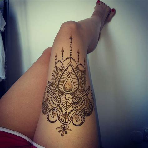 henna tattoos on hip best 25 henna thigh ideas on side