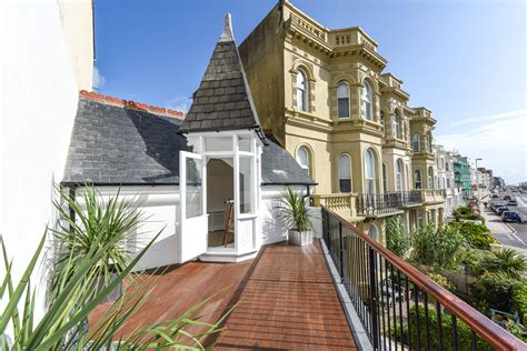 4 bedroom property for sale in marine parade worthing