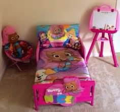 bubble guppies bedroom set peppa pig toddler bed with storage peppa pinterest