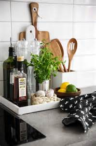 Kitchen Countertop Decor by Best 25 Kitchen Tray Ideas Only On Pinterest Organizing