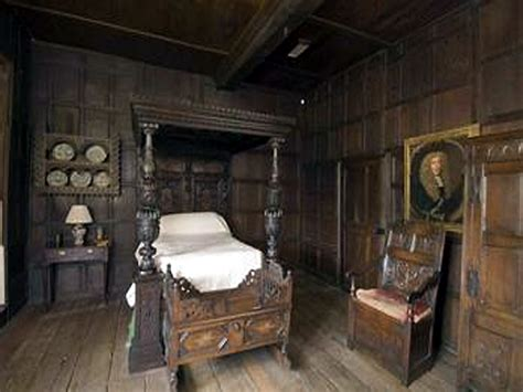 history themed bedroom english renaissance brannonidh1830