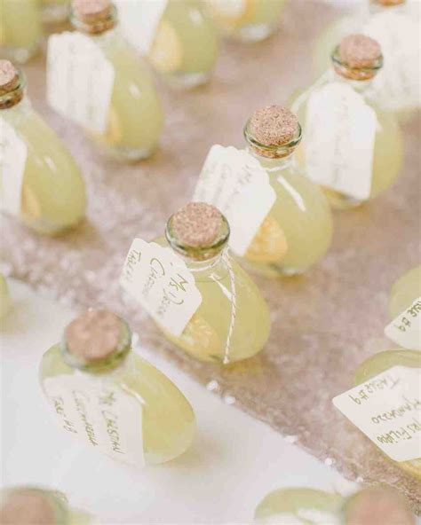 wedding favors edible 61 edible wedding favors guests will eat up literally