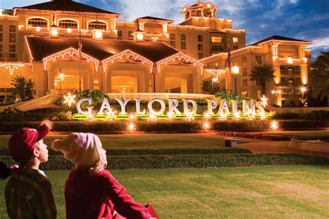 gaylord opryland hotel christmas 2015 movie search