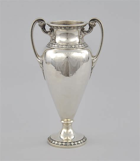 Silver Urn Vase by Silver Vases Different And Mind Blowing In Decors