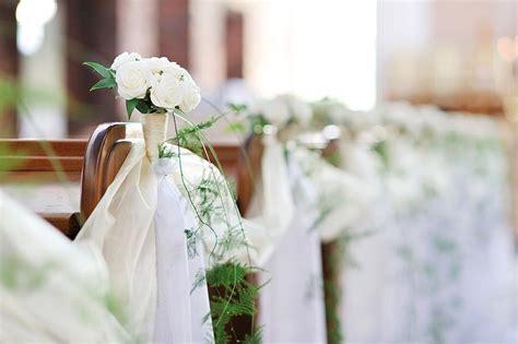 Dekoration Kirche Hochzeit by Deko Hochzeit Vor Der Kirche Execid
