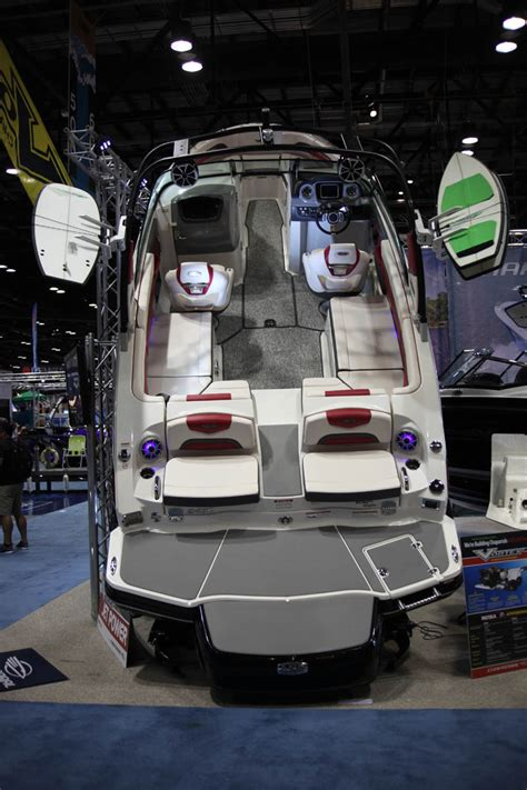 how to winterize a chaparral boat 2017 chaparral boats surf expo alliance wakeboard