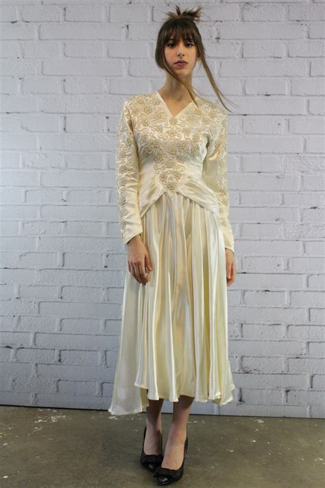wedding gowns for woman in their forites 40s silk wedding dress xxs 1940s embroidered by