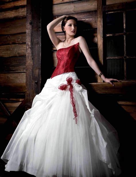 Brautkleider In Farbe by Brautkleid In Rot Bedeutung Der Farbe Und Tipps F 252 R