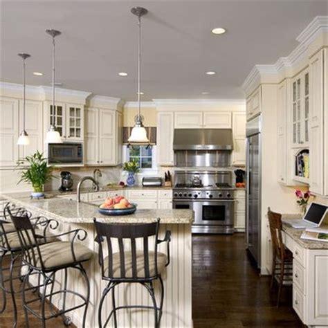cream kitchen cabinets with white trim 17 best images about cream white kitchen on pinterest