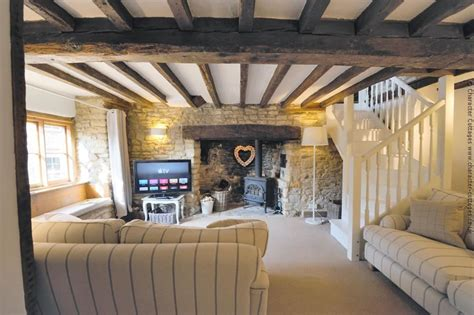 Beautiful Fireplaces chippy cottage to rent in chipping norton character cottages
