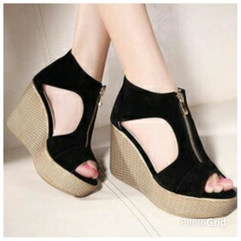 Sepatu Sandal Wedges Murah Dfw12 Terbaru foto sandal terbaru holidays oo