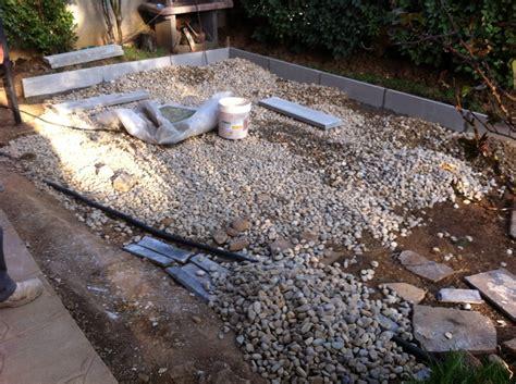 piastrellare giardino progetto per pavimentazione giardino idee muratori