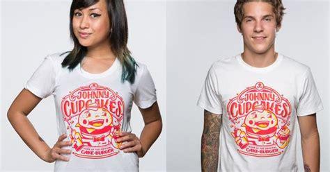 Kazel Tshirt Burger Edition Large the blot says johnny cupcakes cakeburger t shirt