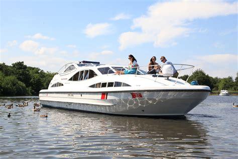 boats norfolk broads fair emperor boating holidays norfolk broads direct