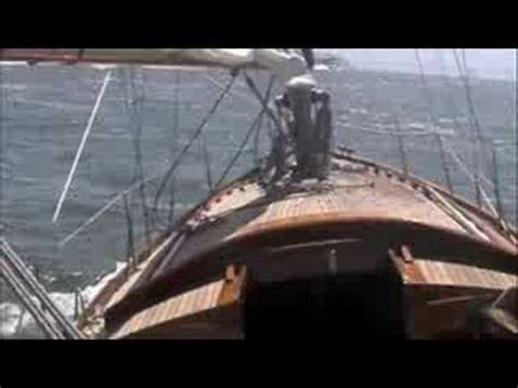 Sho Bsy Premium sailing on san francisco bay