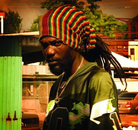 rastafarianism jamaican culture 8 reasons why jamaican reggae tribus urbanas vestimenta rastafari relacionado