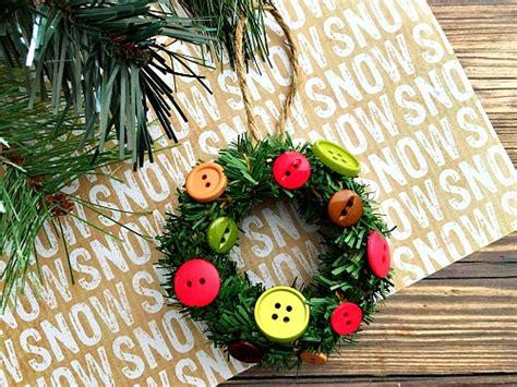mini mason jar lid ring wreath diy christmas tree ornament