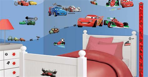 kinderzimmer mit cars wandtattoo disney pixar cars auto walltastic wandsticker