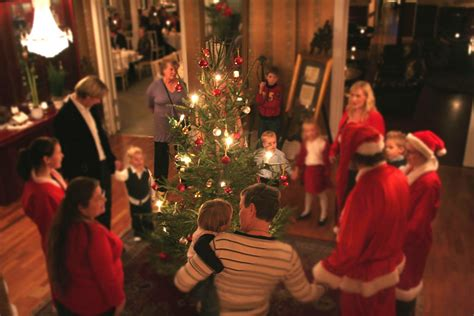 christmas traditions around the world swedish in france