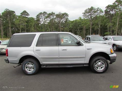 2001 ford expedition xlt silver metallic 2001 ford expedition xlt 4x4 exterior