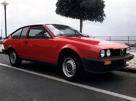 alfa romeo gtv alfa romeo gtv 2 0 wallpapers cool cars wallpaper