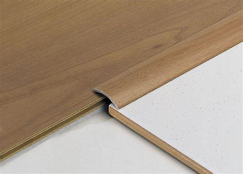 giunti di dilatazione per pavimenti esterni giunti per pavimenti in legno