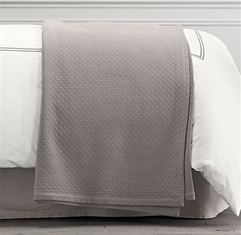 restoration hardware coverlet restoration hardware vintage washed diamond matelass 233
