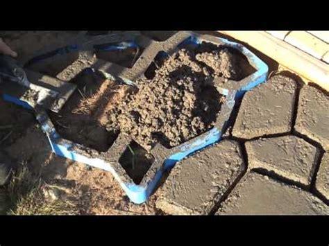 dime piastrelle sti forma cemento per giardino facile ed economico by