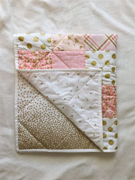 Baby Quilt Blankets by 17 Best Ideas About Modern Baby Quilts On