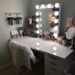Makeup Vanity Bulbs 25 Best Mirror Vanity Ideas On Diy Makeup